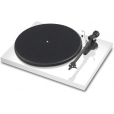 PRO-JECT DEBUT CARBON DC WHITE 2M RED