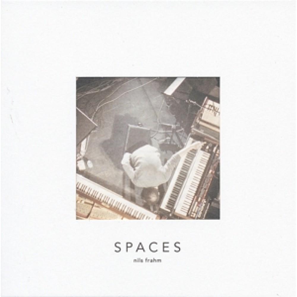 Альбом Spaces